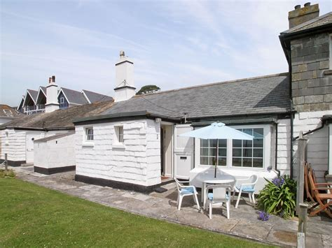 Cottages Looe Cornwall by Coastguard Cottage In Looe Selfcatering Travel