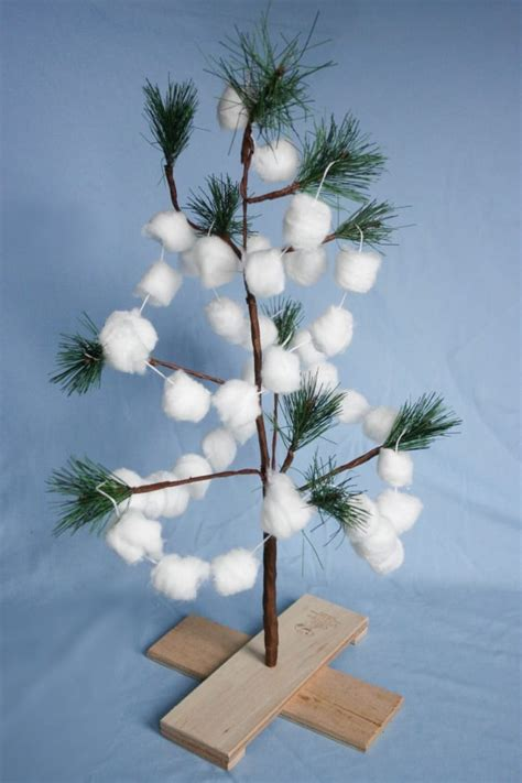 snowball garland diy snowball garland whitehouseblackshutters