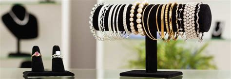 financial tips when buying jewelry for mother s day consumer reports - Can You Leave A Tip On A Gift Card