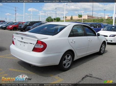2002 Toyota Camry Se 2002 Toyota Camry Se White Charcoal Photo 5