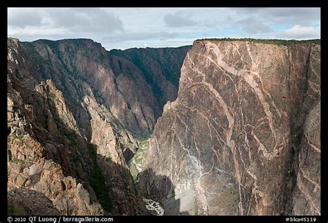 painted wall black canyon picture photo painted wall from south rim black canyon