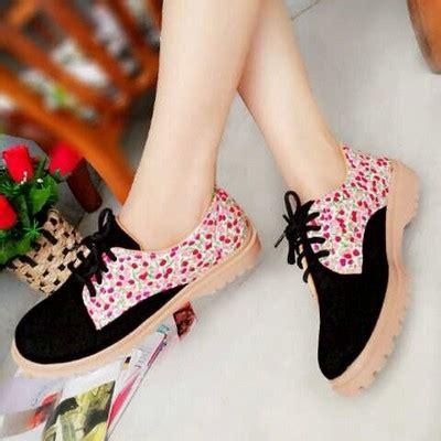 Sepatu Boots Docmart Wanita jual beli sepatu kets docmart rn04 013818 baru sepatu