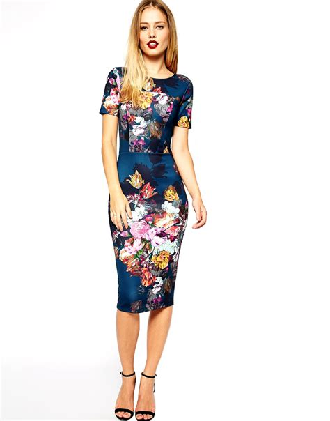 Scuba Dress Floral 10 glam dresses with sleeves to wear to a winter