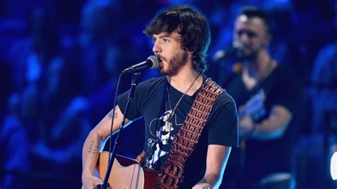 buy me a boat album chris janson on long path to new buy me a boat album
