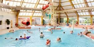 schwimmbad julianadorp resort ooghduyne lastminute goedkoop een bungalow