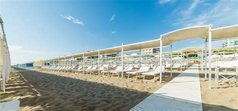 tende spiaggia bagno ettore 68 riccione spiaggia vacanze