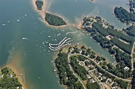 boat house lake norman lake norman nc the hull truth boating and fishing forum