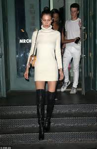 bella hadid how tall how tall is bella hadid newhairstylesformen2014 com