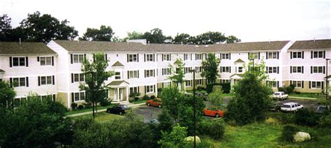 Apartment Complex New Bedford Ma The Willows Condominiums New Bedford See Pics Avail
