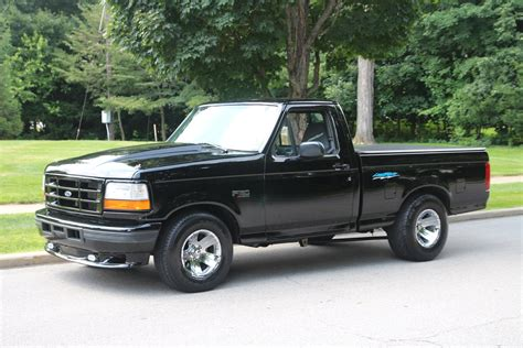 how make cars 1984 ford f150 interior lighting 1995 ford f 150 lightning only 16 000 original miles youtube