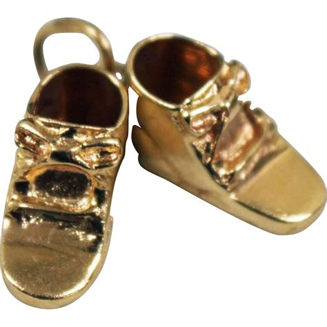gold baby shoes 14k yellow gold pair of baby shoes charm from poplar on