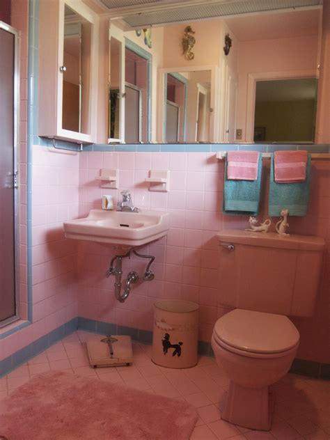 Pink Bathroom Ideas by One More Pink Bathroom Saved Betty Crafter