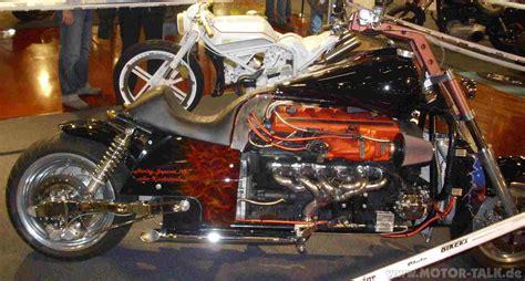 Boss Hoss V8 Motorcycle 8 Zylinder Motorrad by Freitag Nachmittag Auf Der Custom Bike 2009 Custombike