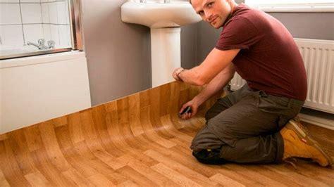 piso vinilico autoadhesivo instalaci 243 n de suelos vin 237 licos en rollo con adhesivo