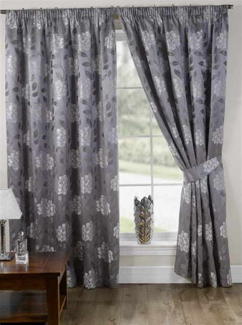 Green Patterned Curtains Green Patterned Curtains Uk Home Design Ideas