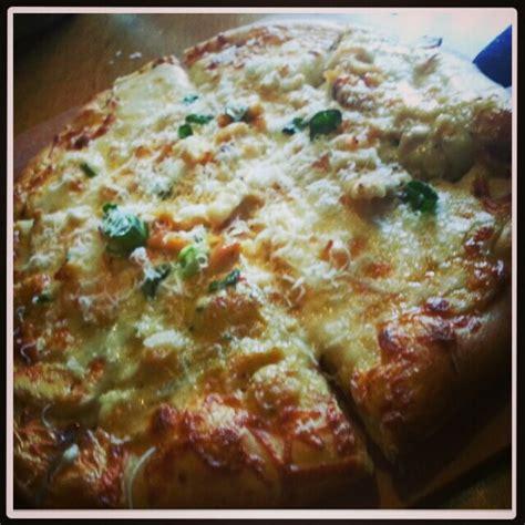 Olive Garden Pizza by Chicken Alfredo Pizza Olive Garden Recipes