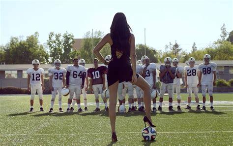 Kia Football Supermodel Lima Uses Heels To Settle Football