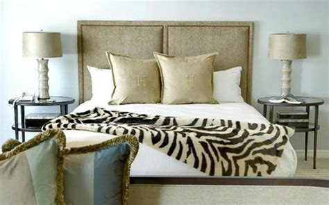 animal print bedrooms animal print in 33 chic and modern bedroom designs rilane