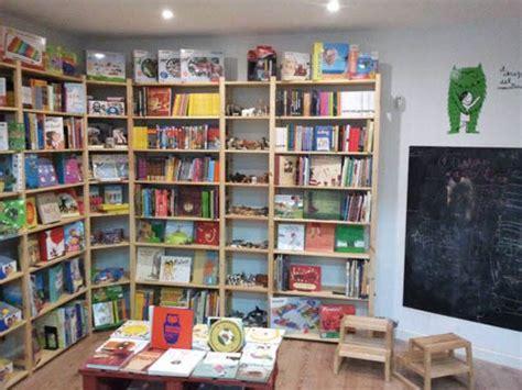 librerias infantiles en madrid el oso y su libro una preciosa librer 237 a infantil y