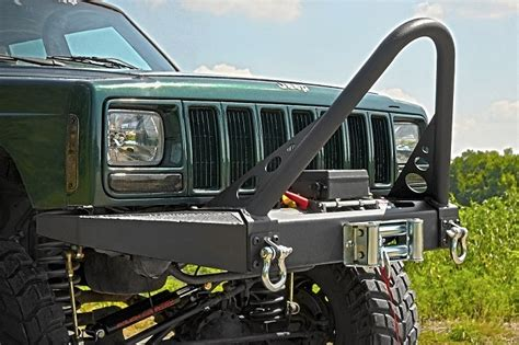 jeep cherokee stinger bumper front winch bumper with stinger bar and d rings 1984 2001