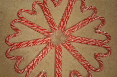 12 days of christmas crafts day 9 candy cane snowflake