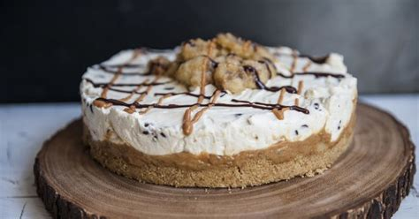 best 25 banoffee cheesecake ideas on pinterest banoffee pie banoffee and banoffee cake