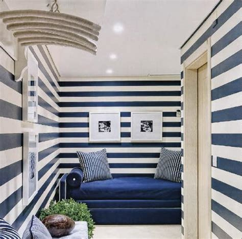 blue striped walls smallrooms