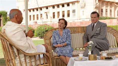 viceroys house exclusive hugh bonneville tv s patriarch on downton