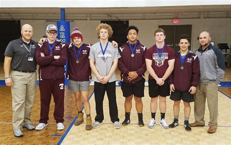 six braves advance to state sectionals