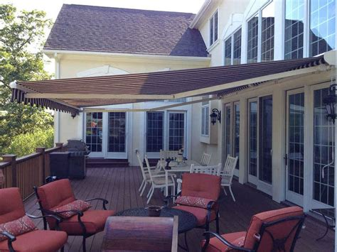 retractable awnings window works