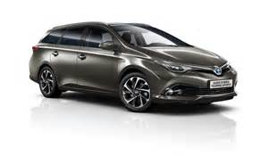 Toyota Auris 2016 Toyota Avensis Auris Hybrid Gain Minor Updates