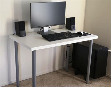 White Simple Computer Desk Choosing A Proper Gaming Simple Computer Desks