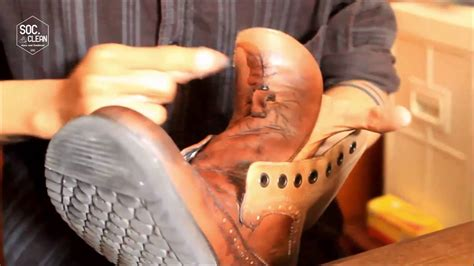 Sepatu Shining leather care proses shining sepatu kulit by soc clean