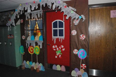 Gingerbread House Door Decorations by Gingerbread House Door Entrance Gbm