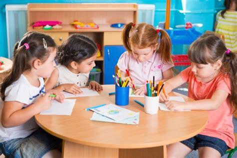 crafts for kindergarten students adoption classroom activities preschool to kindergarten