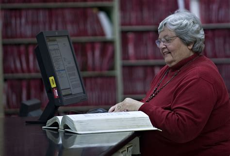 County Circuit Clerk Records Sims Set To Retire As Court Clerk In Warren County News Sports The Northern