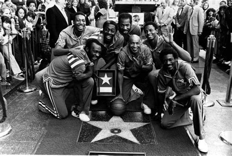 the superstar story of the harlem globetrotters history of stuff books 1000 images about sports icons on