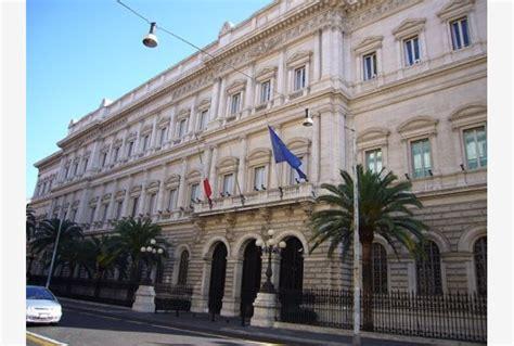 banca d italia debito pubblico bankitalia a 2016 debito pubblico salito a 2 217 7