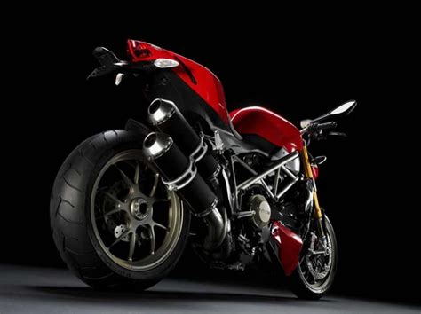 best streetfighter motorcycle the best fighter bikes 2013 streetfighter motorcycles