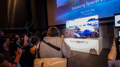 Living Room With 80 Inch Tv Samsung S 75 Inch Hdtv Is A Beautiful Beast Gizmodo
