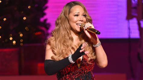 mariah carey c section mariah carey and her twins find their christmas tree in