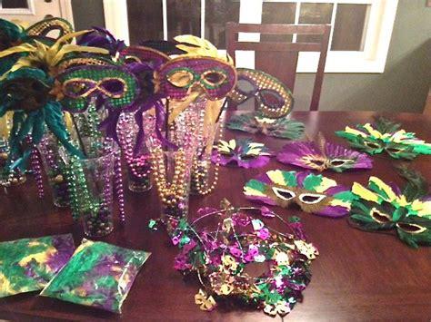 mardi gras table decorations mardi gras centerpieces emily s enchantments