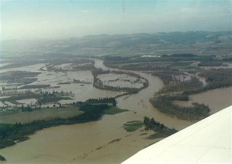 what are flood plains river floodplain www pixshark com images galleries