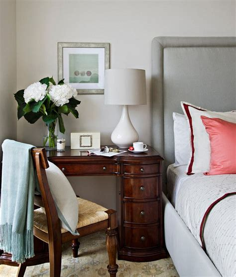small table ls for bedroom 1000 ideas about small desk bedroom on pinterest mirror