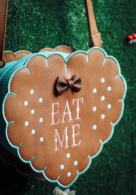 Queen Purse alice in wonderland eat me cross body purse