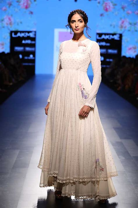 At Lfw by Anushree Reddy And Vrisa Summer Resort 2017 Collection At Lfw