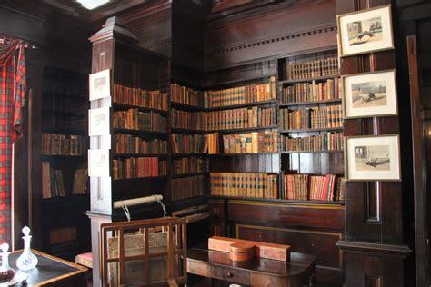 Bibliotheque Decoration De Maison by La D 233 Coanglaise Arictocrachic Et Choc El Lef 233 Bien