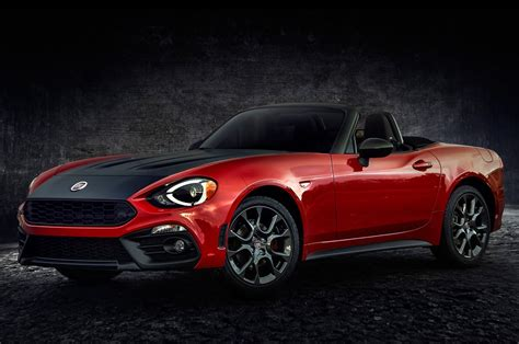 fiat spider 2016 2017 fiat 124 spider review and rating motor trend