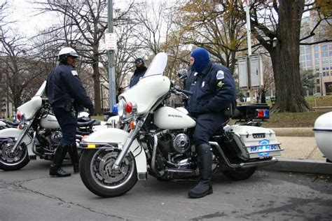 Us Serie Motorrad Cops by Dc Required To Learn About Black History In New
