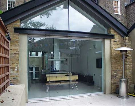 fantastic solid glass doors and room dividers inviting